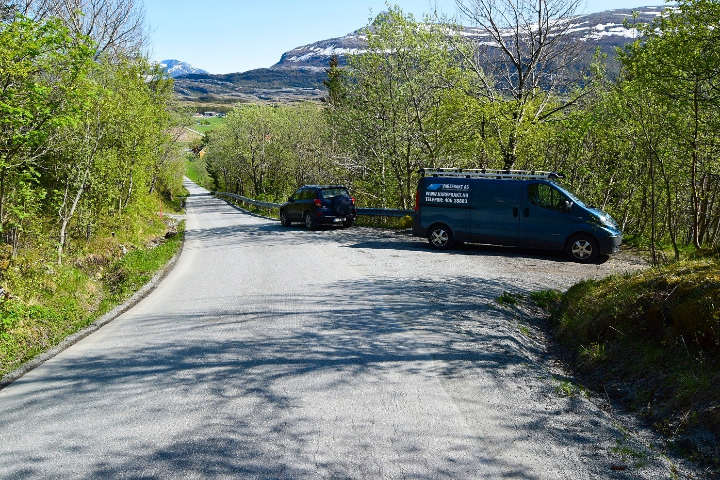 Parkeringsplass Auvika Hovdsundet
