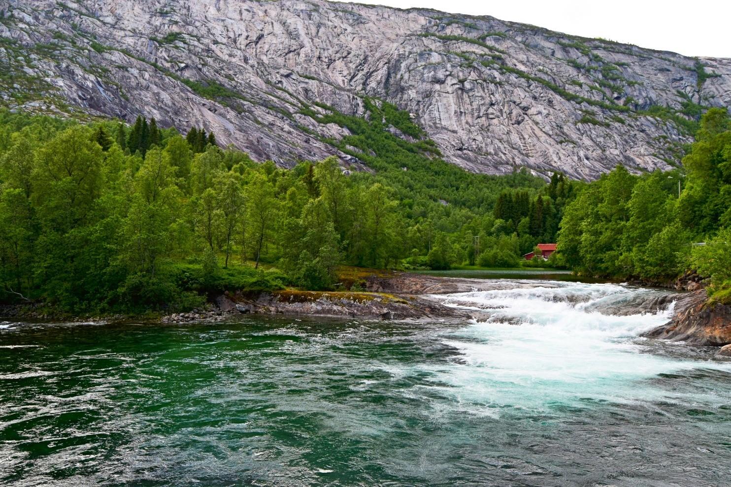 Stor kulp i Nordfjordelva i Sørfold