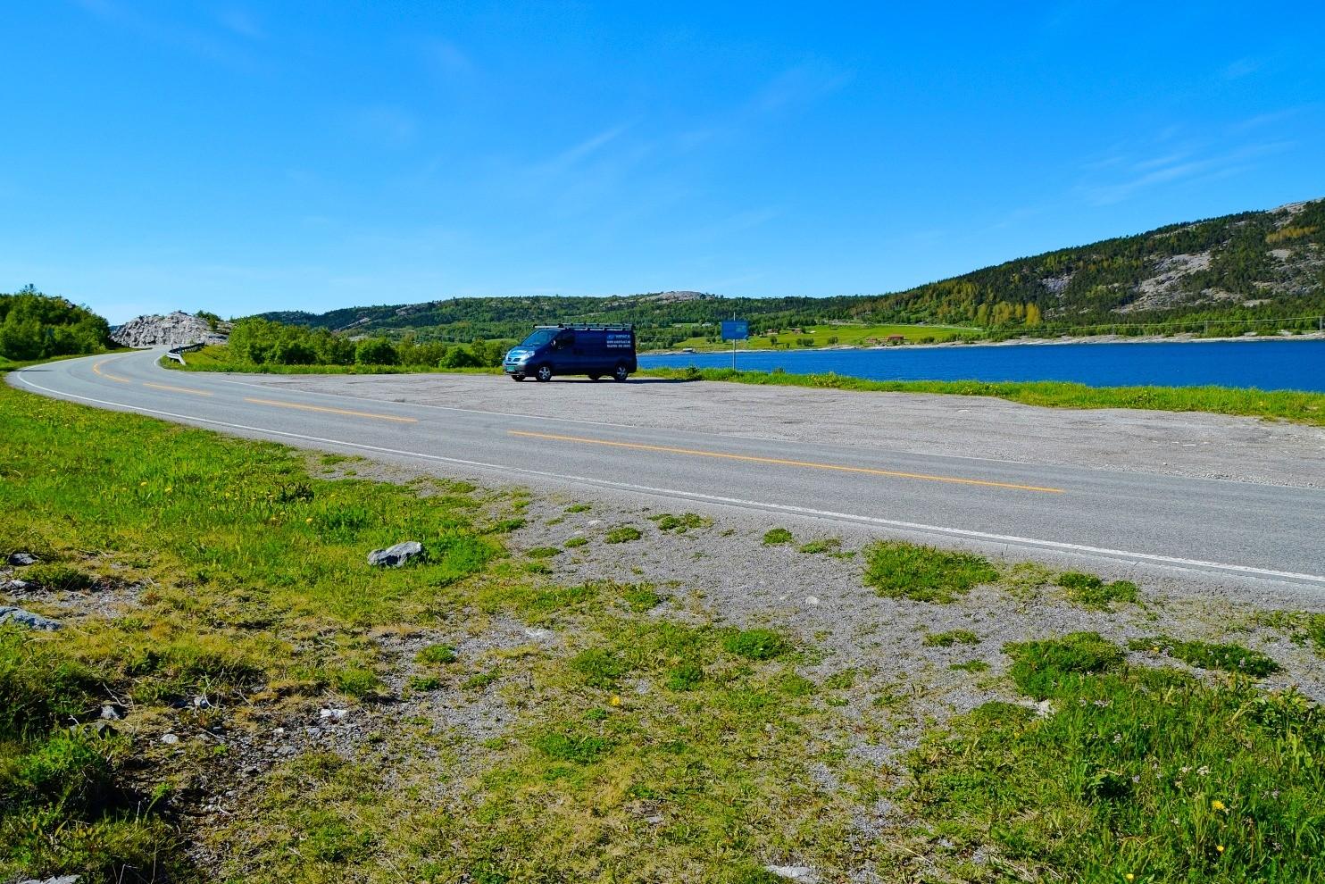 Parkeringsplass Åselibrua Elvefjorden Trollhola