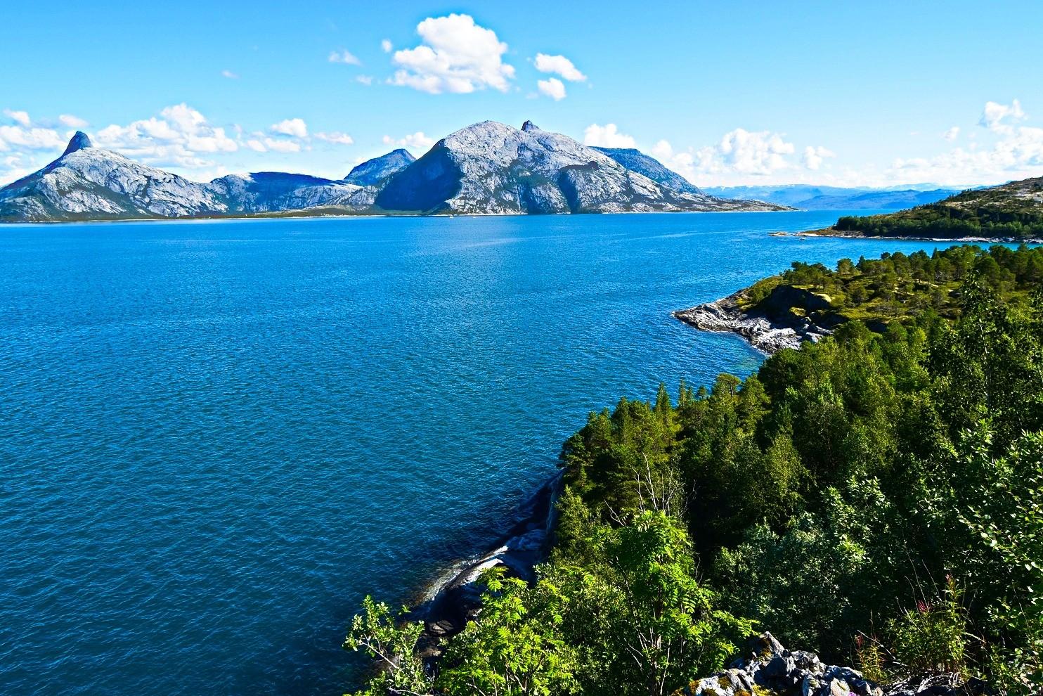 Utsikt fra Kjerringøy mot Folda