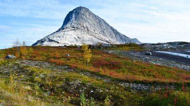 Høstnatur fra Gjerdalen i Sørfold
