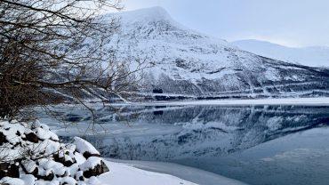 Durmålstinden i Sørfold en vinterdag