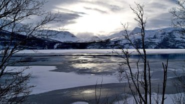 Vinterdag ved Straumvatnet i Sørfold