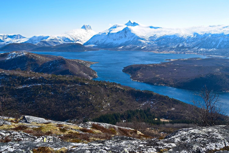 Utsikt fra Høgnakken en vårdag