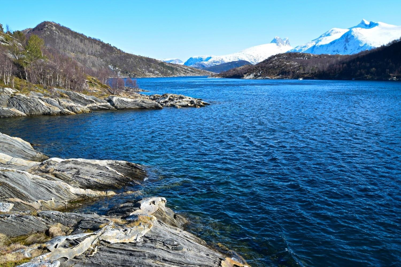 Nede ved havet på Straumøya