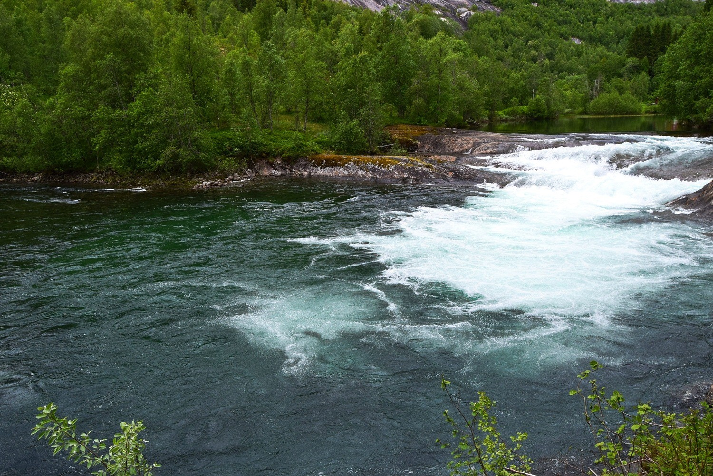 Sykkeltur langs Nordfjordelva