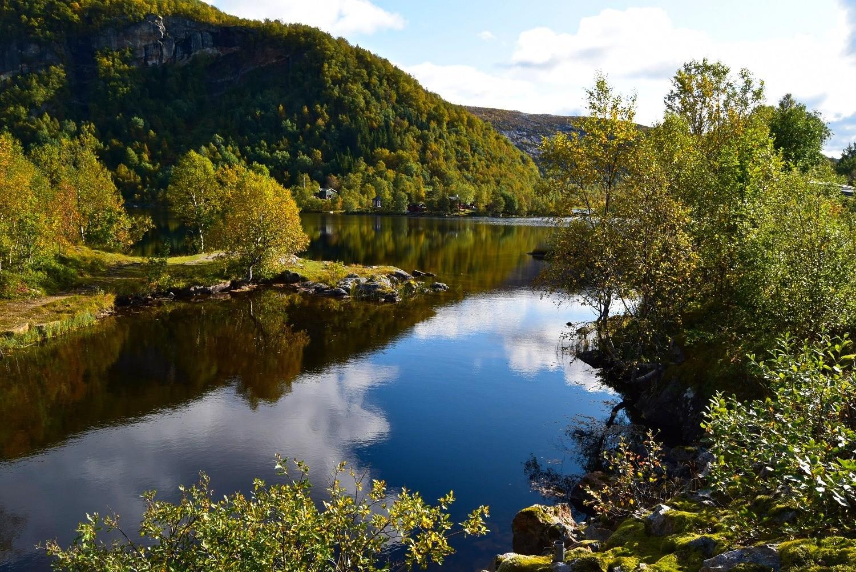 Høstdag ved Svartvatnet i Bodø