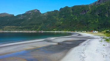 Storvika strand i Gildeskål
